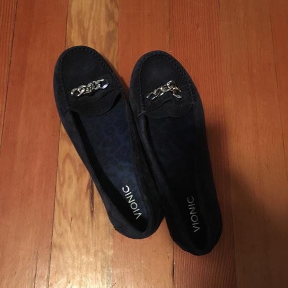 662d04df60d Vionic Shoes - Women s wide navy dress shoes